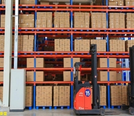佛山三水货架公司分享重型仓储货架的优点和适用范围